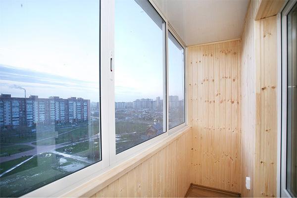 Остекленение 6-метровой лоджии немецкие пластиковые окна пвх.