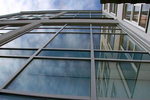 Стеклянные фасады: плюсы и минусы