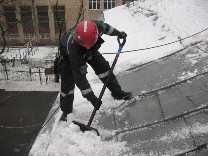 Саратов очистка снега с крыш